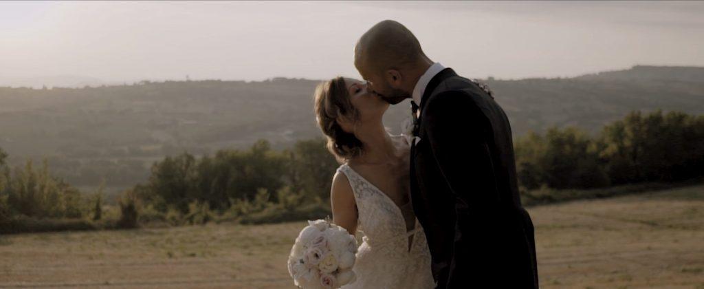 motivano,umbria,sposi,tramonto,bacio