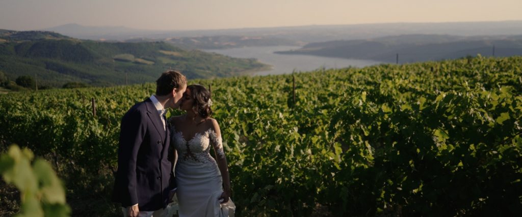 destination-wedding-titignano-videographer-castello-umbria